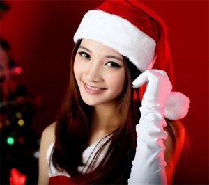 Customized High Quality Aults Christmas Santa Hat Xmas Cap pictures & photos