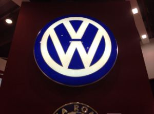 Customed Outdoor Thermform Large Car Logo Signs pictures & photos