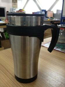 Stainless Steel Auto Mug and Vacuum Flask Plastic Handle pictures & photos