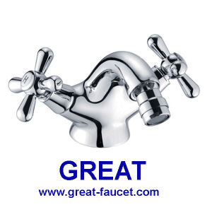 Two Handle Brass Bidet Faucet (GL3707X10) pictures & photos