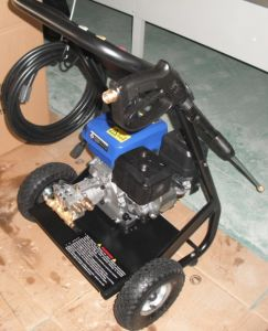 6.5HP CE 3000psi Gasoline Powered High Pressure Washer (QH-180) pictures & photos