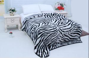 Hot Sale 100% Polyester Raschel Blanket Sr-B17305-10 Soft Printed Mink Blanket pictures & photos