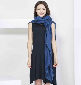 100%Cashmere Plain Yarn Dye Scarf with Solid Color pictures & photos
