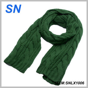 Solid Color Thick Winter Warm Cable Knit Scarf for Ladies pictures & photos