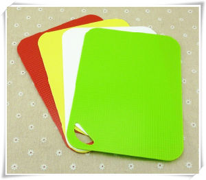 Home Appliance Kitchen Tool Plastic Mincing Board pictures & photos