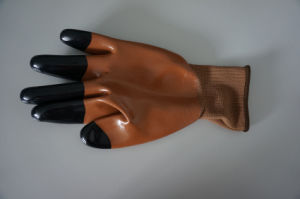 Polyester Shell Nitrile Coated Safety Work Gloves (N1513) pictures & photos
