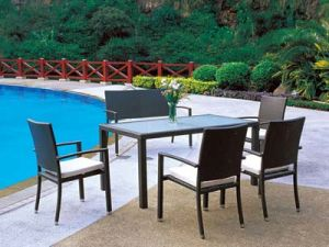 Garden Rattan Dining Chairs and Table Outdoor Dining Set pictures & photos