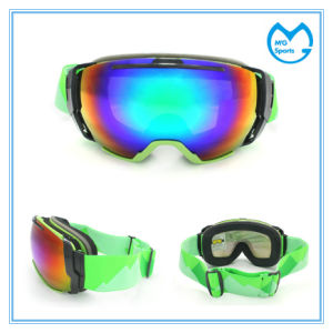 Adult Anti Scratch UV 400 Polarized Snowboard Goggle Sale pictures & photos