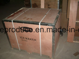 43 Degrees Ambinet Temperature Designed 300kgs Ice Machine pictures & photos