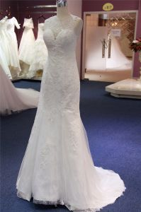 High Quality Lace Applique Wedding Dress pictures & photos
