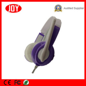 High Sound Quality Wired Headphone with Mic pictures & photos