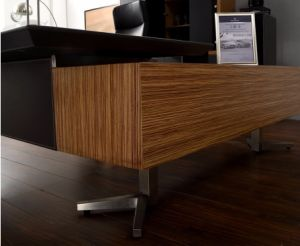 Modern Furniture Wooden Leather Office Desk (V5) pictures & photos