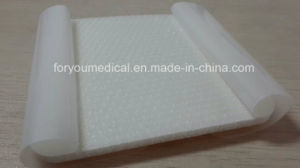 Best Quality Hydrophilic Foam Dressing with Silicone Layer for Wholesales pictures & photos