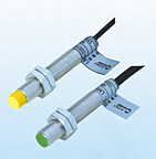 Cylinder Type Inductive Proximity Sensor Switch Lm12 pictures & photos