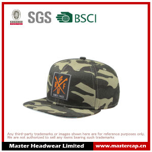 Camouflage Color Flat Brim Hat Snapback with Woven Patch pictures & photos
