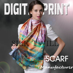 2017 Fashion Printed Scarf with Different Material Patterns pictures & photos