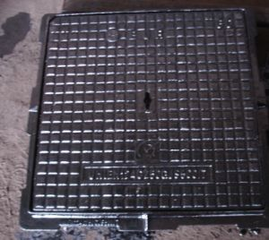 Ductile Iron Manhole Cover and Frame with SGS Certificate pictures & photos