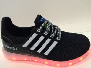 2016 LED Shoes Boy′s Girl′s