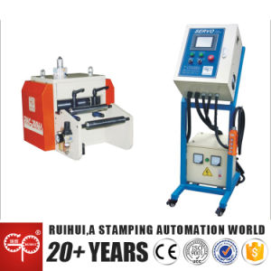 Roller Feeding Machine Adopts Pneumatic Relaxation Method (RNC-200HA) pictures & photos