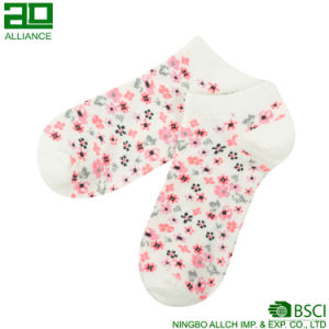 Flower Pattern Lovely Wholesale Cotton Ankle Socks pictures & photos