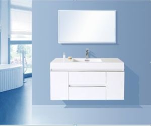 Wholesale PVC Bathroom Cabinet (glassy white) pictures & photos