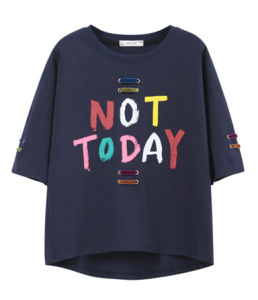 Customize Leisure Joker Coat Letters Printing Hole Round Collar Short Sleeve T-Shirt pictures & photos
