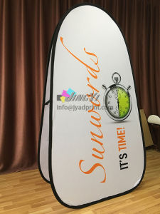 Custom Printed Attractive Spring Stainless Steel Outdoor Pop Up Banner pictures & photos