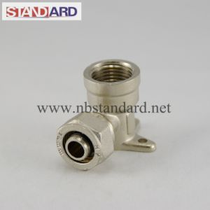 Brass Compression Connectors on Pex Pipes pictures & photos