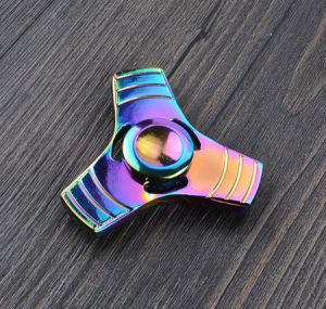 2017 Rainbow Colors Brass Tri-Spinner EDC Fidget Hand Spinner Toy pictures & photos