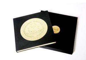 Hardcover Book with Golden Glid Side Printing Service pictures & photos