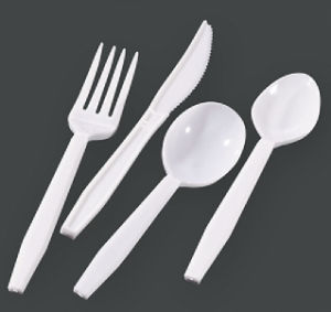 Popular Plastic Disposable Cutlery Set Fork 3G pictures & photos