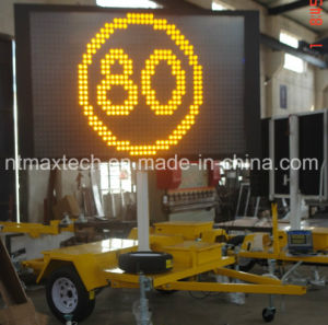 Portable Traffic Notice Message Traffic Sign Electric Hydraulic Lift System Easy Operate pictures & photos