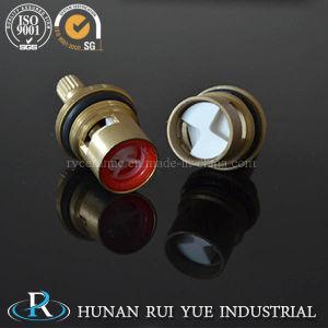 Faucet Brass Faucet Valve Brass Cartridge Tap Ceramic Disc pictures & photos