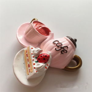 3D Cartoon Coffee Cup Souvenir Promotion Gift Fridge Magnet pictures & photos