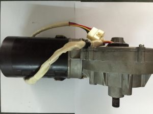 CE Approved DC Motor for Bus (LC-ZD1001) pictures & photos