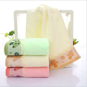 Hotel Restaurant Disposable Cheap Small Cotton Towels pictures & photos