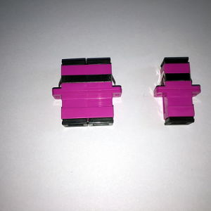 Sc Om4 Simplex Magenta Housing Fiber Optic Adapter pictures & photos