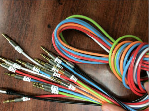 Hq 3.5mm Stereo Aux Cable. Transparent Jacket pictures & photos