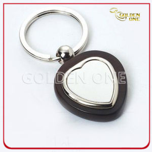 New Style Wooden Keyring with Heart Shape Metal pictures & photos