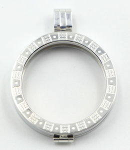 Special Engraving Textured Memory Locket for Gift pictures & photos