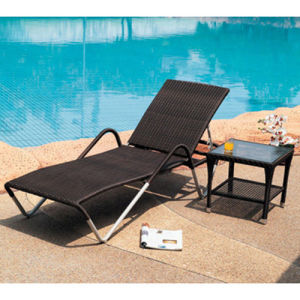 Aluminum Frame PE Rattan Chaise Lounge (SL-07015) pictures & photos