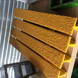 FRP Pultruded Gratings/FRP Molded Gratings/Building Material/Fiberglass/ pictures & photos