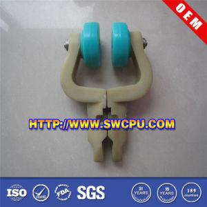 Customized Plastic with Metal Part Hanger Gallows (SWCPU-P-H990) pictures & photos