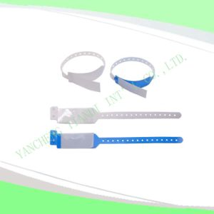 Hospital Compound Shield Bracelet Plastic Medical ID Wristband (8032-10) pictures & photos