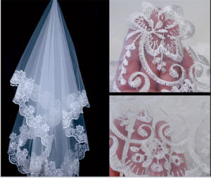 Fashion Lace Handmade Beads Bridal Veil (V007)