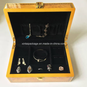 High Glossy Wooden Jewelry Storage Case pictures & photos