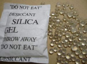 Best Quality and Price Silica Gel Desiccant pictures & photos