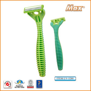 Triple Blade Stainless Steel Blade Disposable Shaving Razor (LV-3288) pictures & photos