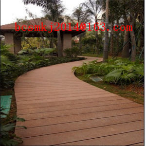 Crack-Resistant WPC Composite Decking for Exterior Use Floor pictures & photos