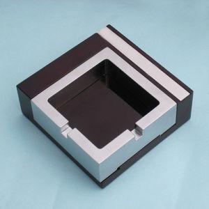 Hot Sell Square Shape Bicolor Metal Cigarette Ashtray BPS0195